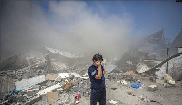 Izraeli shton bombardimet në Gaza, rritet numri i viktimave, vriten edhe