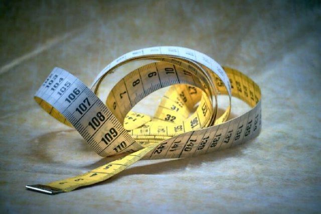 Sa i gjatë jeni? Centimetrat zbulojnë gjithçka për ju