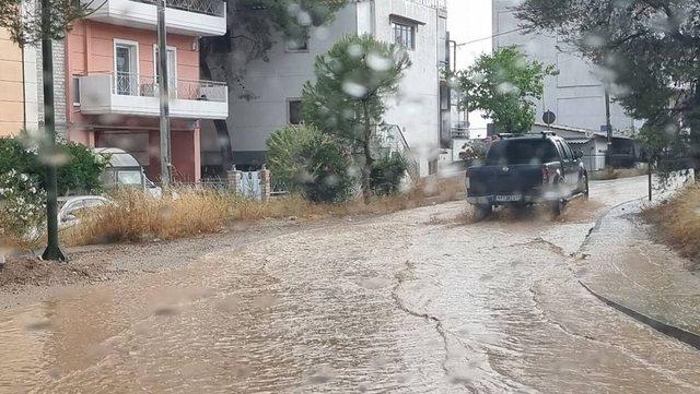 """Stuhia e fuqishme """"paralizon"""" zonën e Atikës në"""