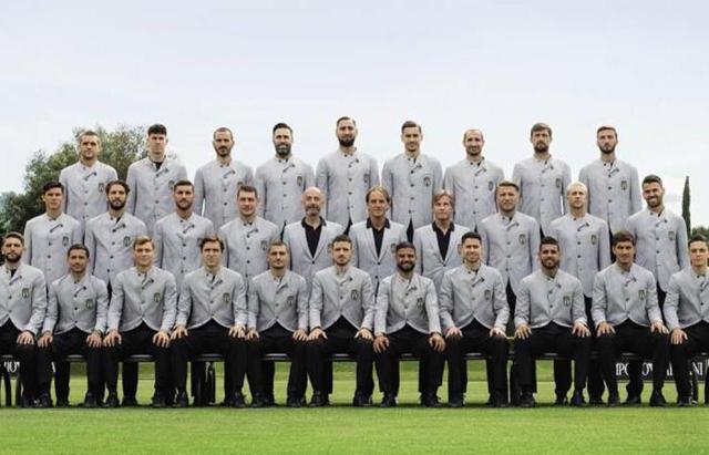 Giorgio Armani stilon veshjen e Kombëtares italiane të futbollit