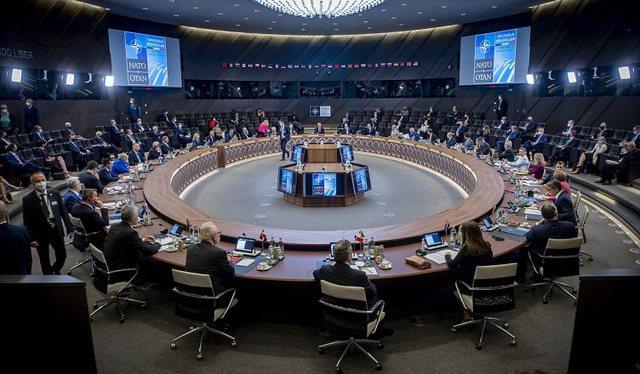 """Mbyllet samiti i NATO/ """"Rusia dhe Kina përbëjnë dy nga"""