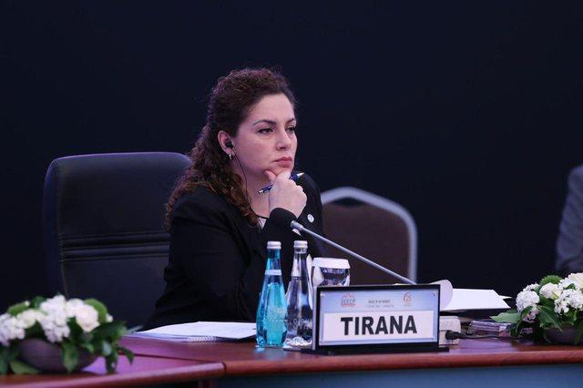 """""""Vendim i shumëpritur"""", Xhaçka: Shqiptarët mund"""