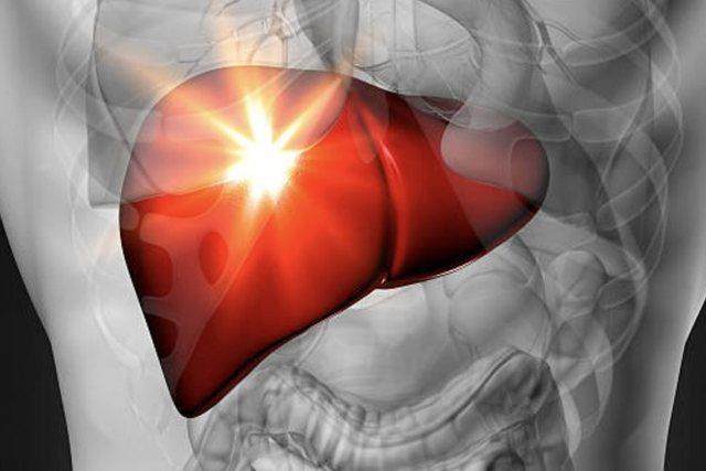 Gabimet me ushqimin që ju dëmtojnë mëlçinë,