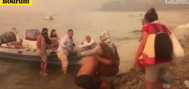 Video/ Dalin pamjet, turistët dhe vendasit në Turqi hipin në