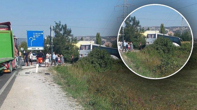 Autobusi përplaset me kamionin, aksident i rëndë në