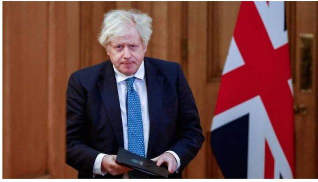 Ndryshime në qeverinë Britanike, Johnson shkarkon nga detyra 3
