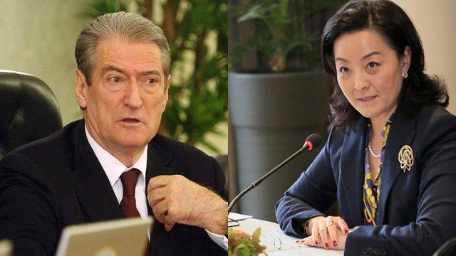 Rastësi apo e programuar, Sali Berisha e ambasadorja Yuri kim