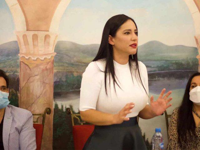 Në krye të detyrës, kryebashkiakja meksikane u paralajmëron