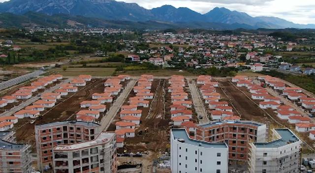 Rama jep lajmin e mirë: Ndërtimi i lagjes në Fushë-