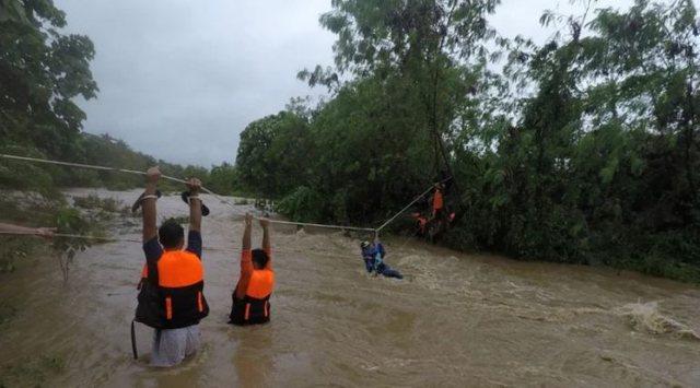 Stuhi tropikale në Filipine, 11 të vdekur dhe dhjetëra të