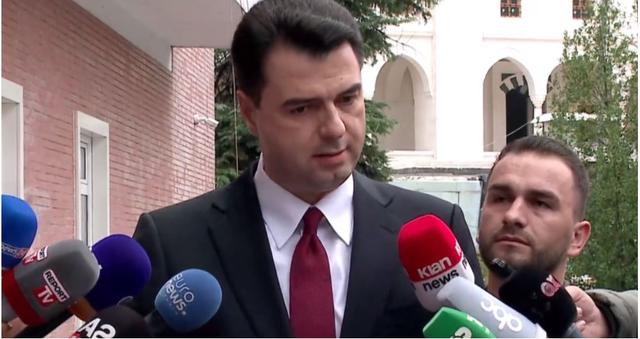 Basha pas takimit me amerikanët: Shqipëria në udhëkryq nga