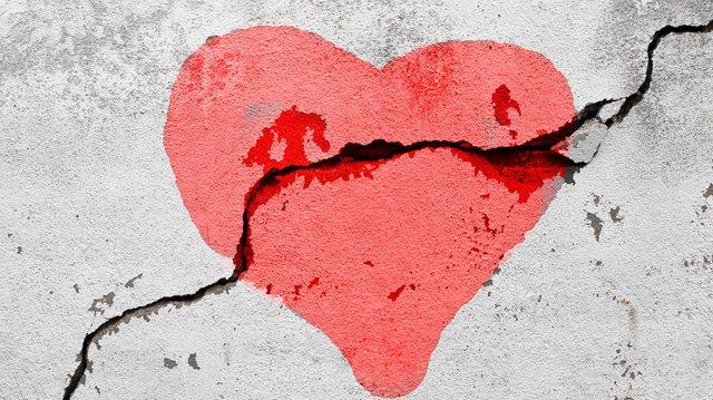 Dashuria juaj është venitur, nëse ju bëni papritur këto
