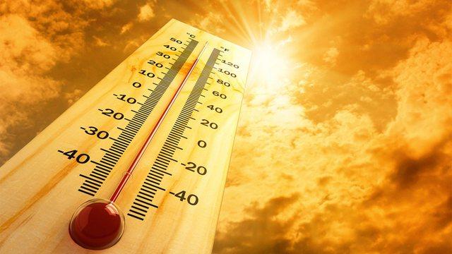 Vala e të nxehtit arrin kulmin në Greqi, javën tjetër