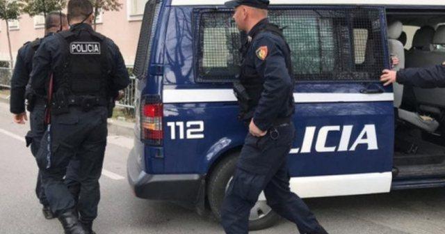 Kërcënoi dhe dhunoi fizikisht nipin, arrestohet 59-vjeçari
