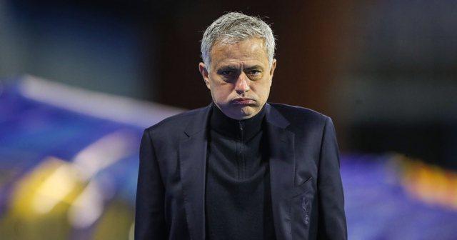 Mourinho reagon për herë të parë pasi u shkarkua nga
