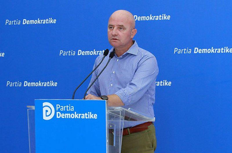 Ish-deputeti dënon marrëveshjen e Ramës me Vuçiç: