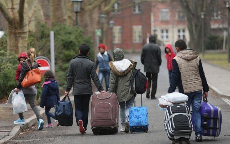 Dhjetëra azilkërkues dëbohen nga Gjermania