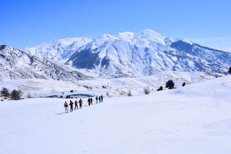 Alpinisti shqiptar thyen kemben ne Malin e Tomorrit, pritet nderhyrja me