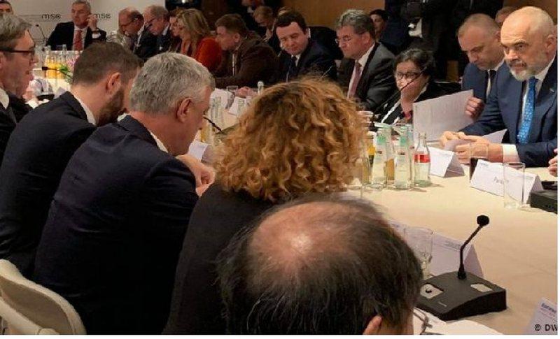 Debate te ashpra ne Mynih, Albin Kurti kunder Rames, Thacit e Vucicit per
