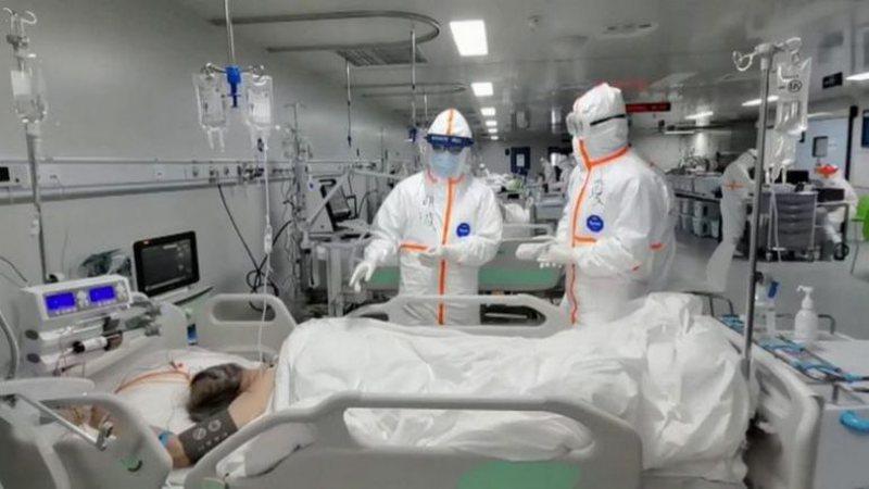 Flasin mjekët në Wuhan: Na kërkuan të gënjejmë