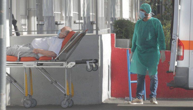 Bilanc tragjik, 836 të infektuar dhe 15 të vdekur në 24 orë