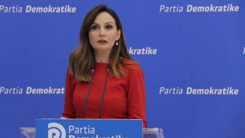 """""""Eurodeputeti i përfshirë mik i Bashës"""", Tabaku i"""