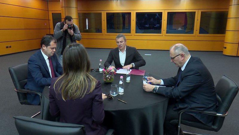 ReformaZgjedhore/ Ambasadorët e SHBA, BE dhe Britanisë takohen me 4