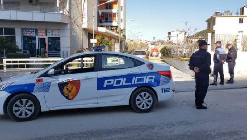 Ndjekje si nëpër filma, 5 makina policie me shpejtësi për