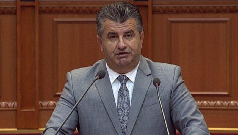 Deputeti opozitar: PS-ja e dh*erë, por krenare, Meta i duhet Ramës