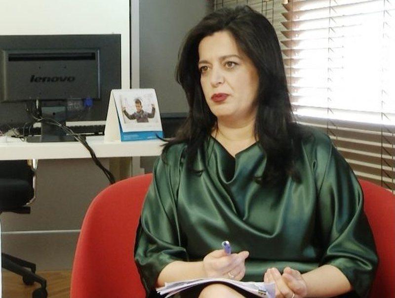 """""""Vetëm me Bechettin ikën 109 mln euro"""", ish-avokatja e"""