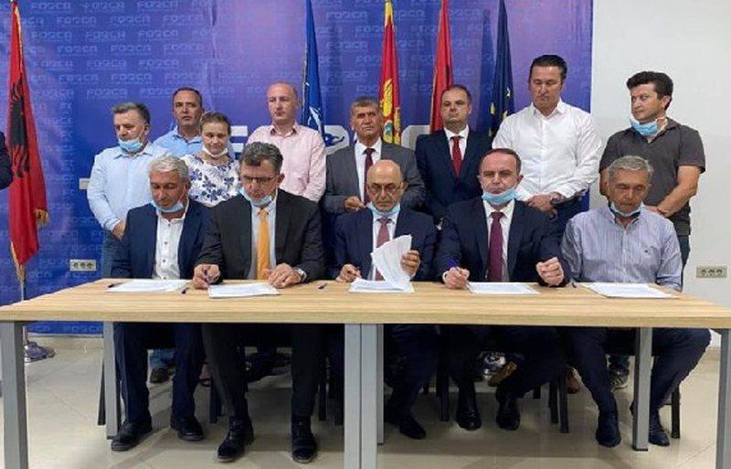 Nënshkruhet marrëveshja në Mal të Zi, partitë shqiptare