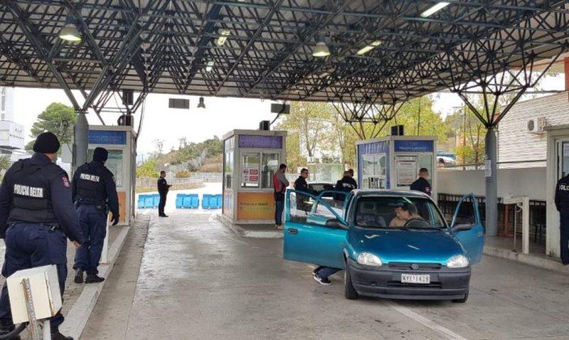 Greqia rinovon mbylljen e kufirit me Shqipërinë