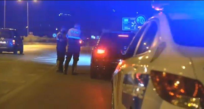 Policia e Beratit post-blloqe në zonat kryesore të qytetit/ Aksion