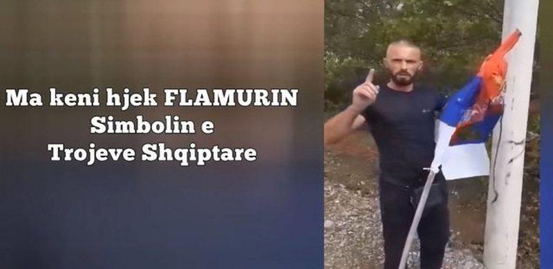 Shqiptarët i kundërpërgjigjen priftit, shkelin me këmbë