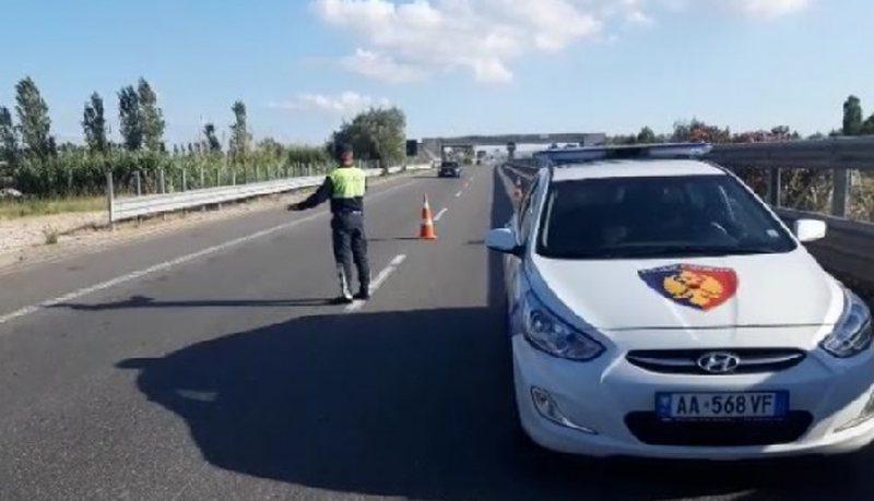 Aksident në aksin Korçë-Bilisht, plagoset shoferi