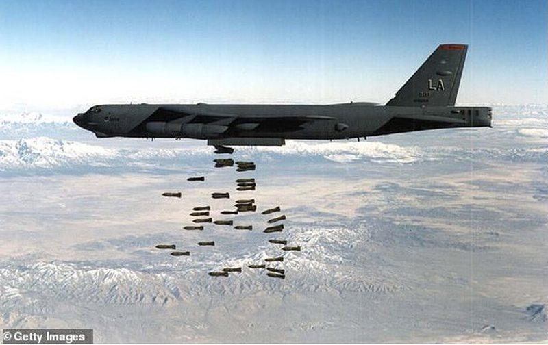 Ushtria e SHBA tregon 'muskujt', fotot e 8 'bishatve