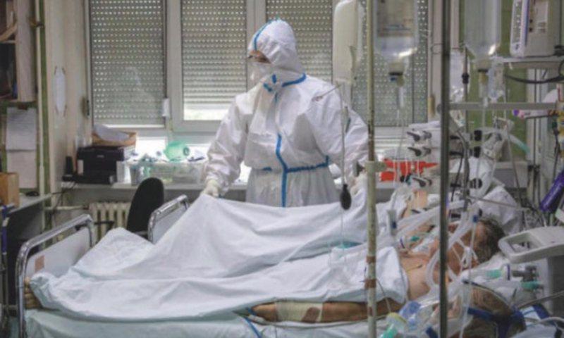 Shkalla e fatalitetit te rastet me COVID-19 ka rënë me gati një