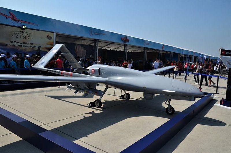 Serbia kërkon të blejë dronë lufte nga Turqia
