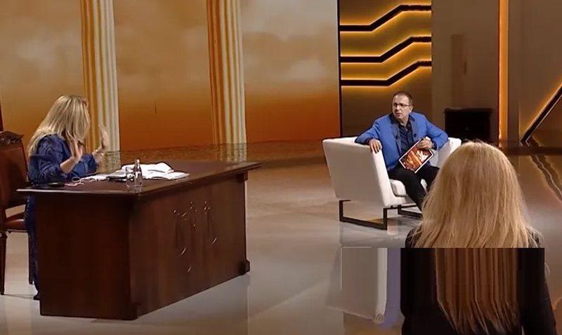 """""""Ato për mua…"""", Eni Çobani shokohet nga"""