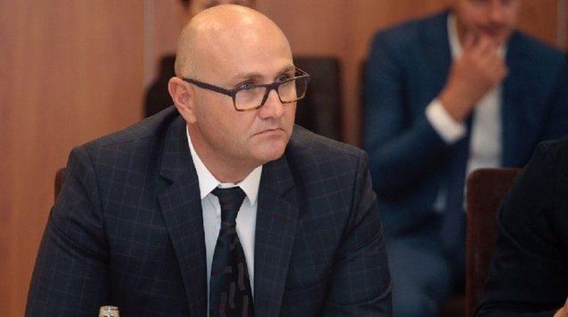 """""""Sapo zbriti nga avioni"""", arrestohet në Rinas ish-drejtori i OST"""