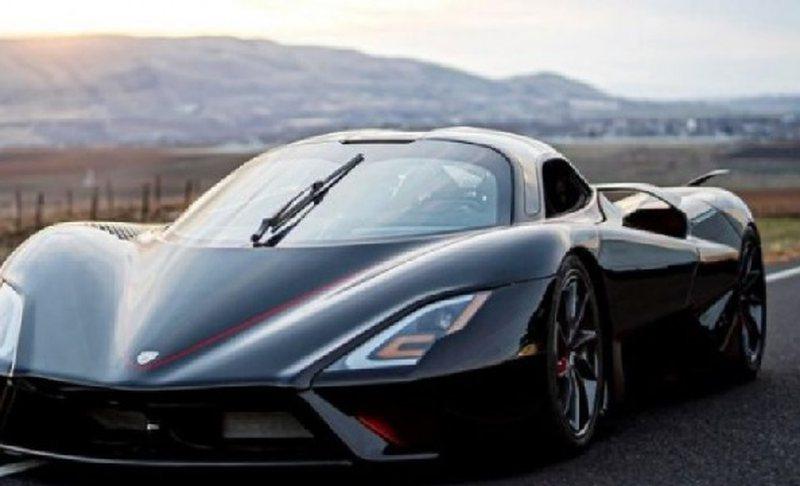 Vetura më e shpejtë në botë arrin 490 km/orë