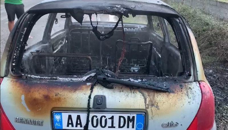 Shkrumbohet në ecje makina në Fier-Vlorë, shpëton drejtuesi