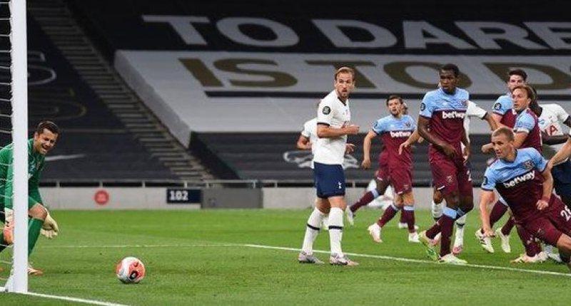 West Ham barazon në sekondat e fundit të ndeshjes