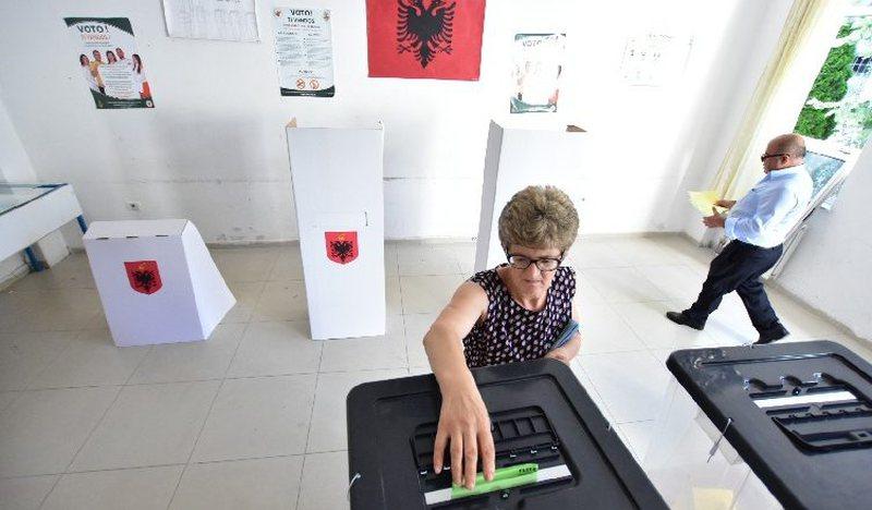 """""""Kamera në çdo qëndër votimi""""/ PD: KQZ të"""