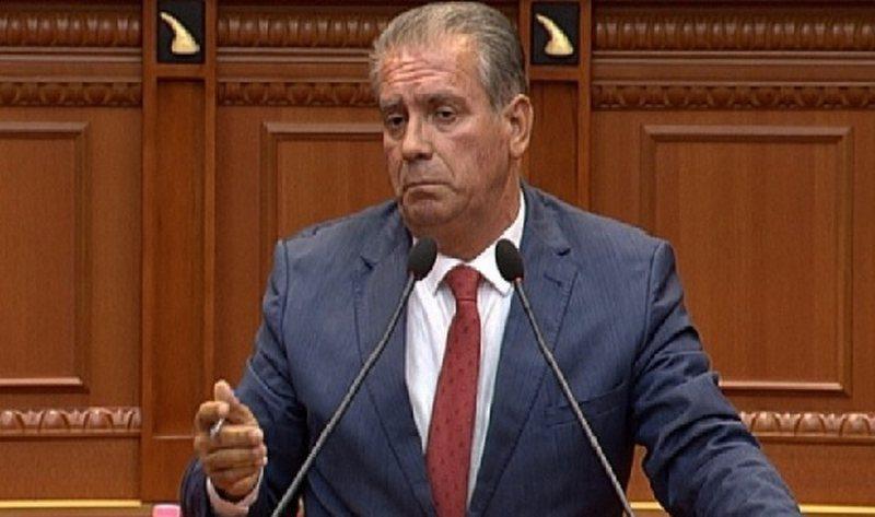 """""""Komunist i n..."""", Kuvendi përjashton 5 ditë deputetin e"""