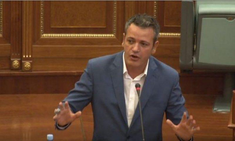 Përleshja në Kuvend, deputeti kërcënon kolegët: Do