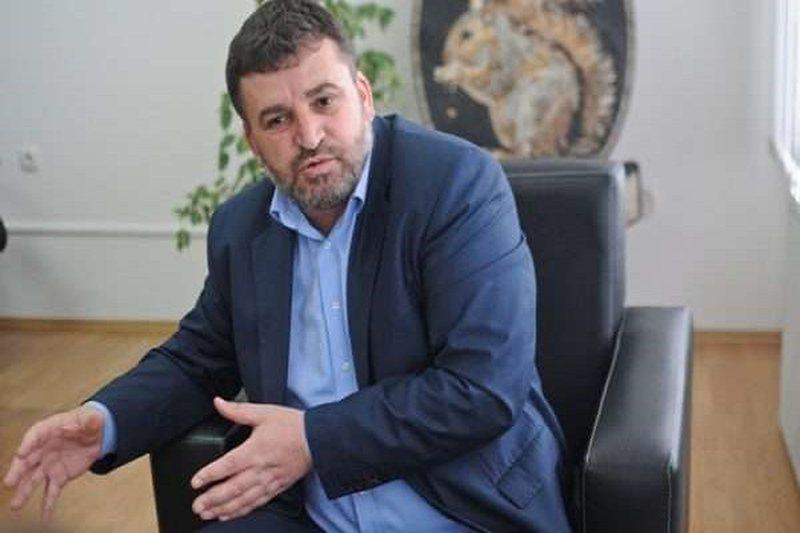 Ministri kosovar infektohet me Covid-19: Ju lutem të mbani maskën dhe