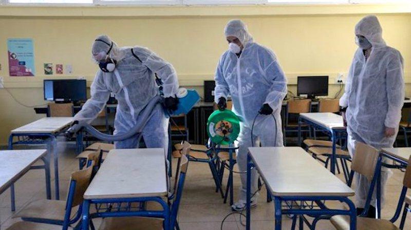 Zyrtarja greke zbulon pse u mbyllën shkollat: Duhet të mësohemi
