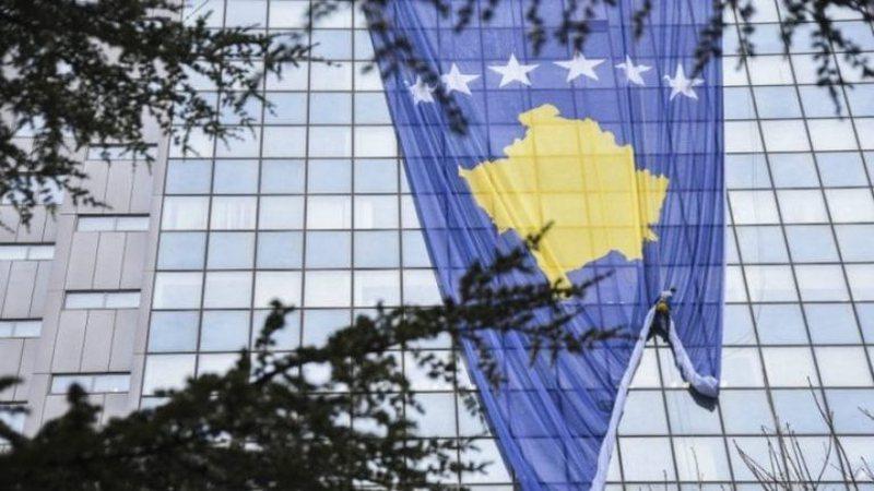 Alarmohen mediet serbe: Kosova drejt liberalizimit të vizave