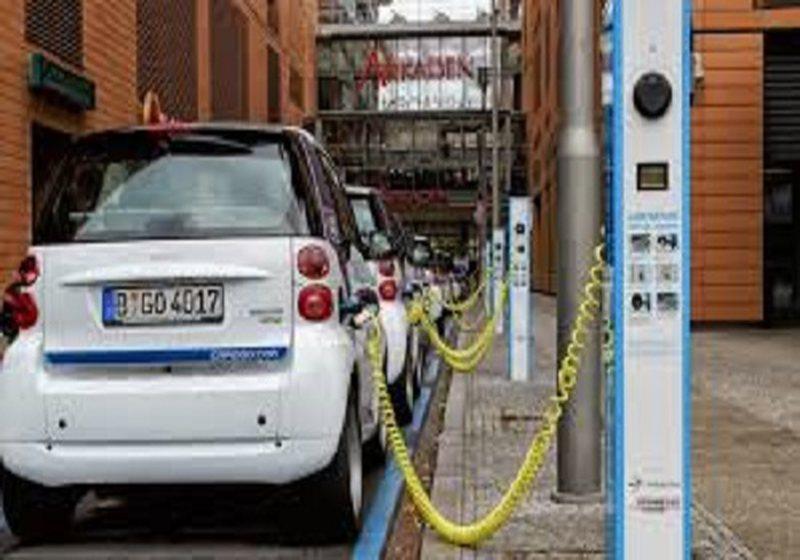 Gjermania do prodhojë 15 milionë makina elektrike deri në 2030